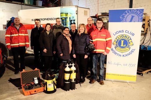 Lions Club Wörth-Kandel unterstützt die Einsatztaucher der DLRG Wörth