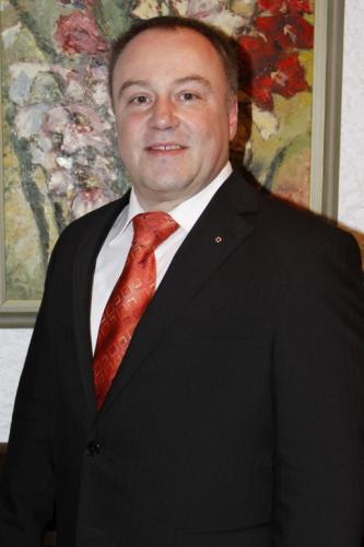 Dr. Elmar Birk